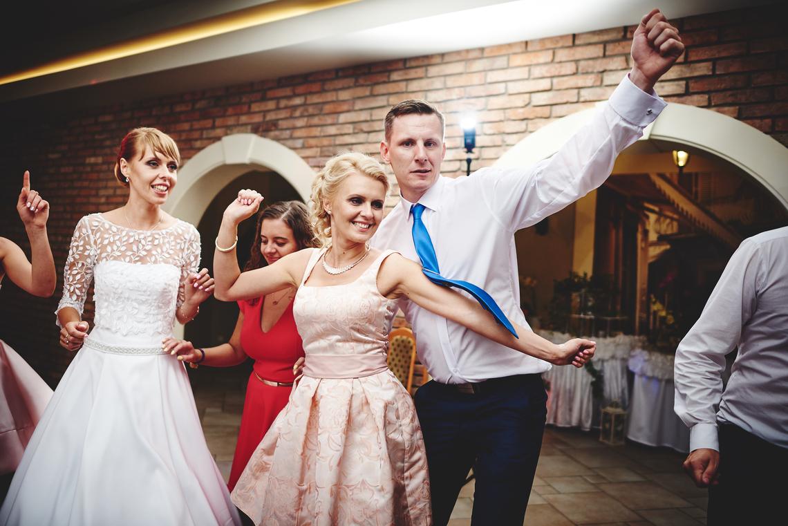 zabawa weselna zjdęcia